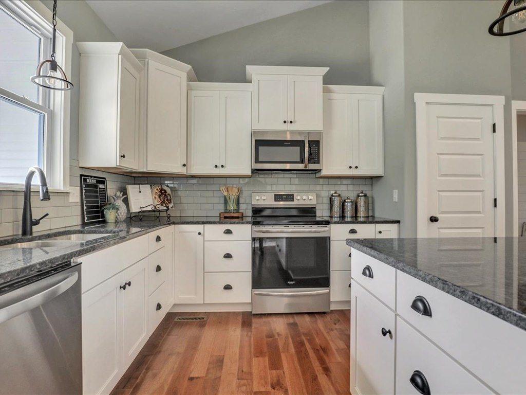 Rock River Home Kitchen
